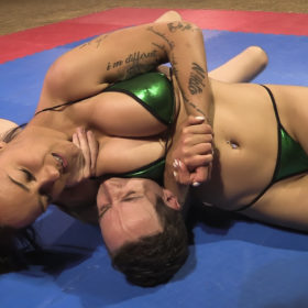 tight headlock in mixed wrestling